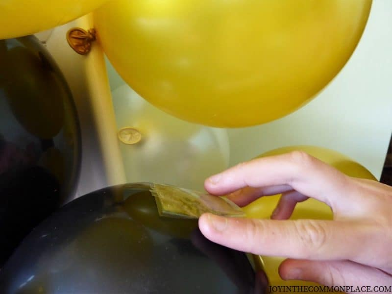 Tape the Balloons together