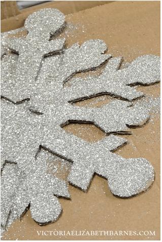 DIY Giant Glitter Snowflakes