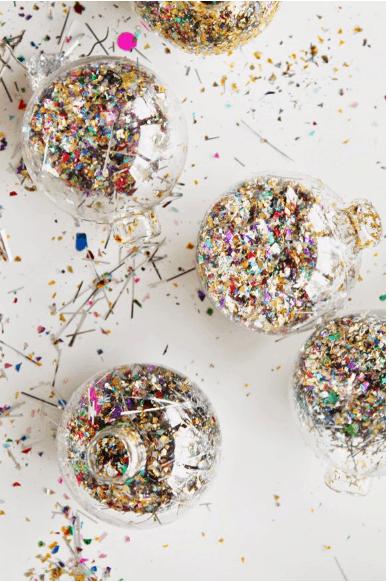 DIY Glitter Dust Filled Balls