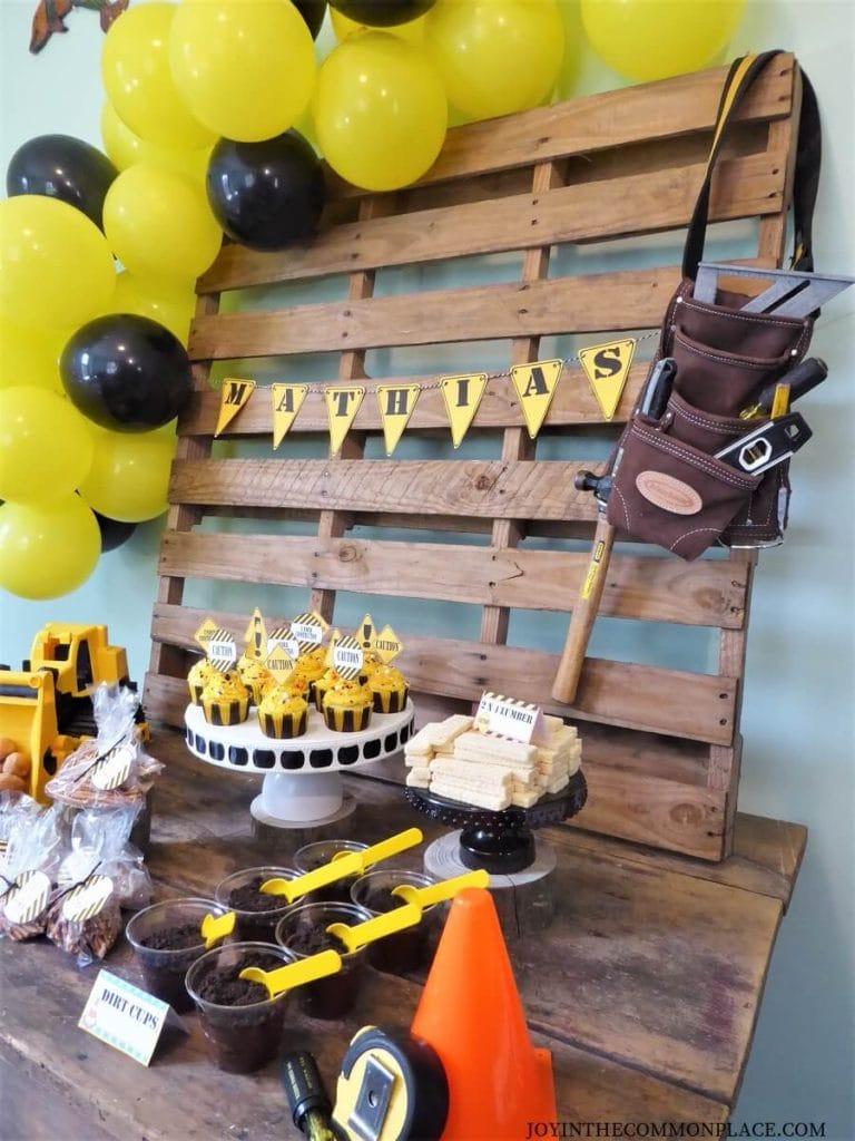 Throw a Construction Theme Party For Kids
