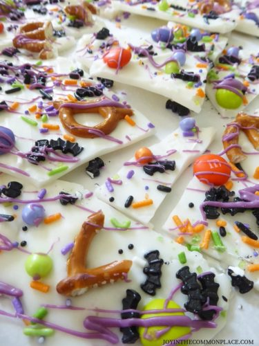 Bat-tacular Halloween Chocolate Bark Recipe