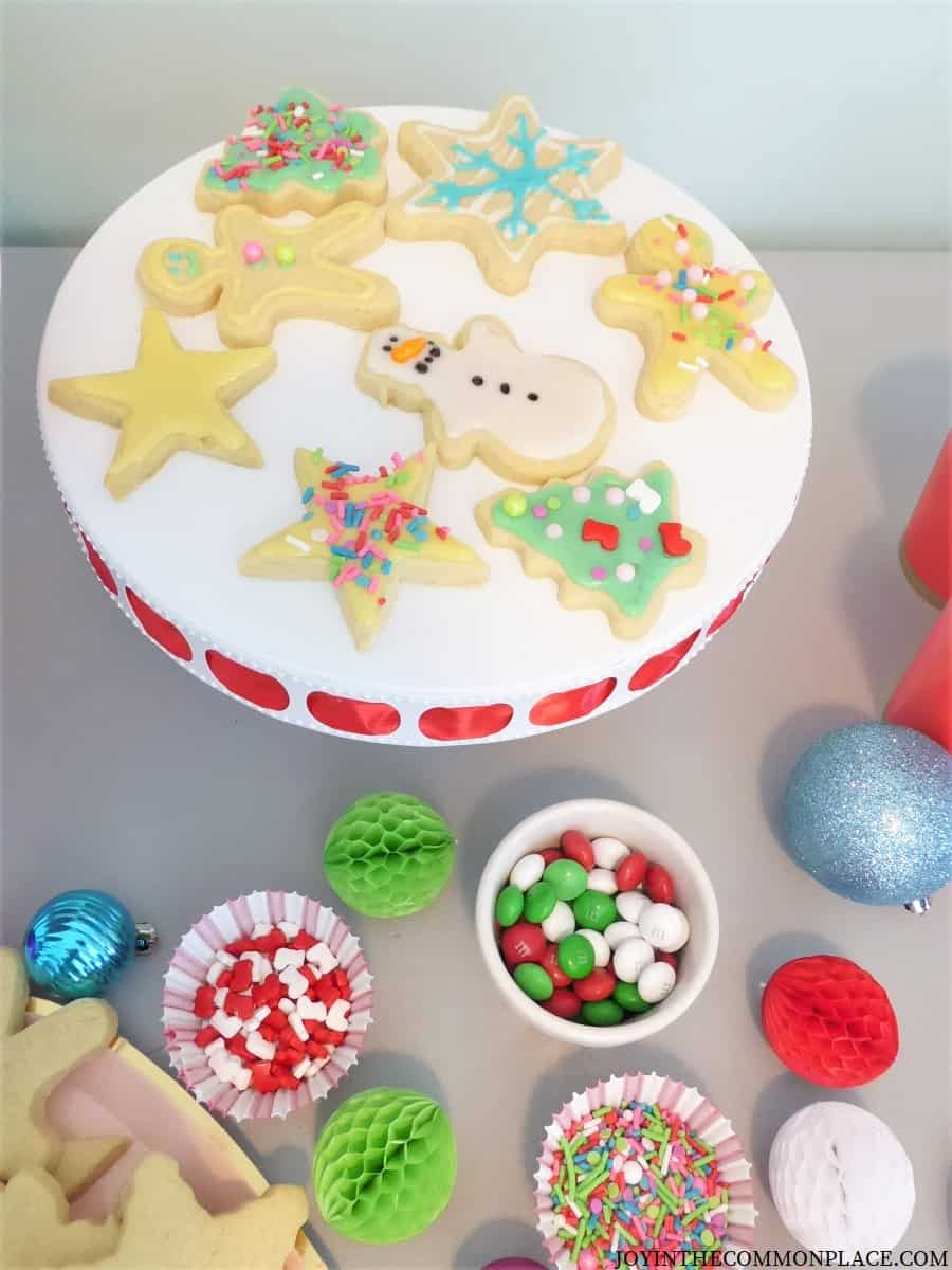 Host a Christmas Cookie Decorating Party for Kids!